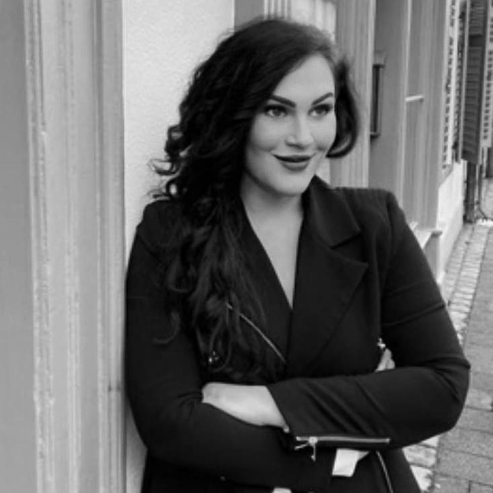 Nadine Schalk - Inhaberin SixSenses, Heilpraktiker-Praxis für Naturheilkunde & Ästhetik in Nürnberg